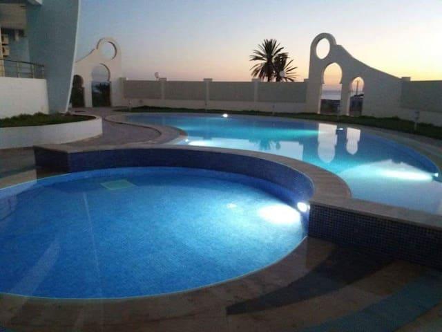 Schöne Ferienwohnung am Meer mit Garten in Toplage