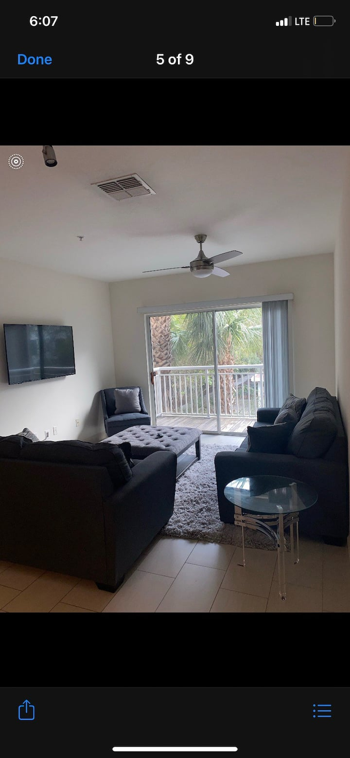 Quiet stay  in downtown tampa