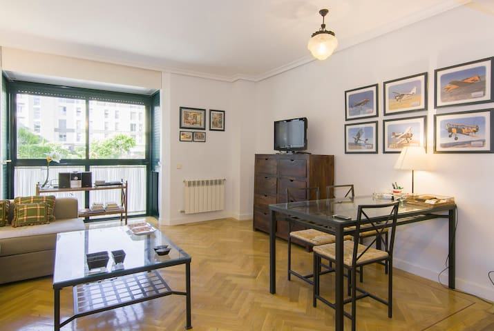 Bright & Spacious 2 BD 2BR IFEMA / AIRPORT + POOL