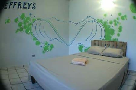 Beach Private room - san carlos - บ้าน