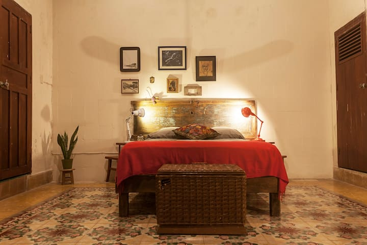 Beautiful Room in Colonial House in Campeche