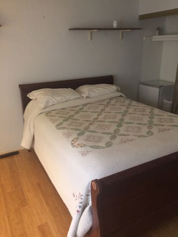 Columbia Maryland Bedroom