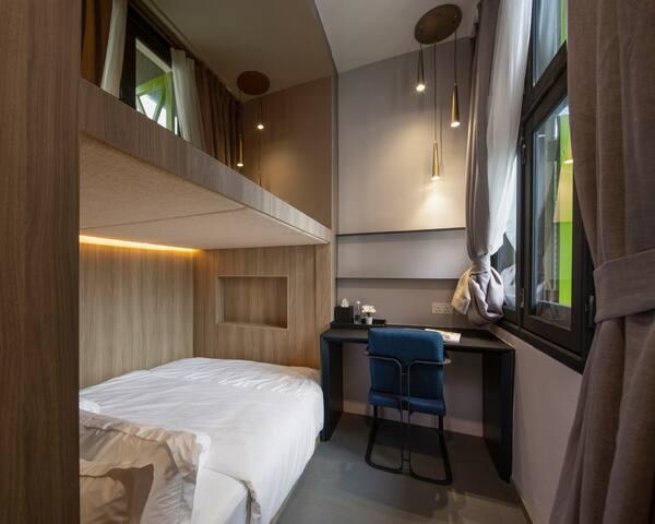 Dbl cabin shared bathroom near Tanjong Pagar MRT