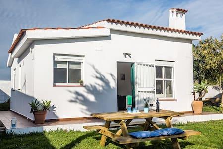 Casa con jardín en Bolonia - Cádiz - Casa