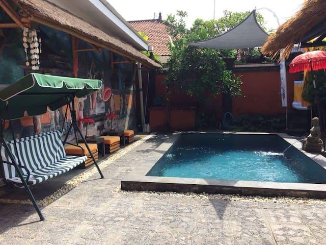 Rumah Satu - Pondok Gaya Studio - Self Catering