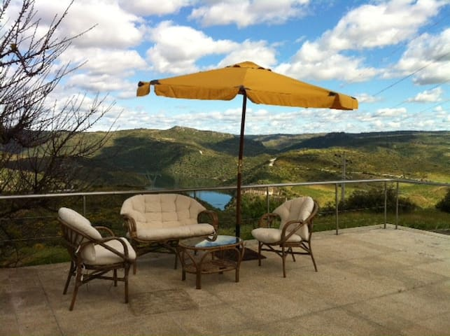 House 6 rooms in Douro River - Bemposta