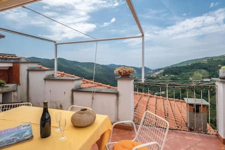 Terraced house with 3 bedrooms on 200m² in Velva -GE-