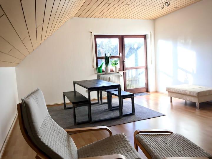 Moderne 2-Zimmer Ferienwohnung in Zirndorf / Lind