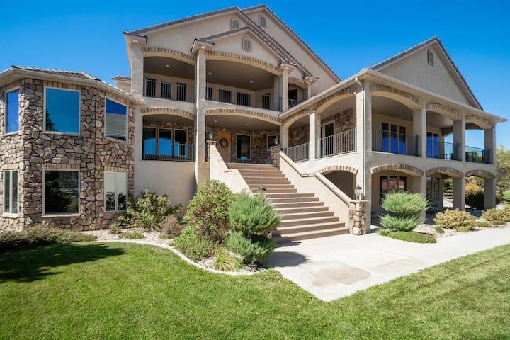 Cedar Ridge Estate
