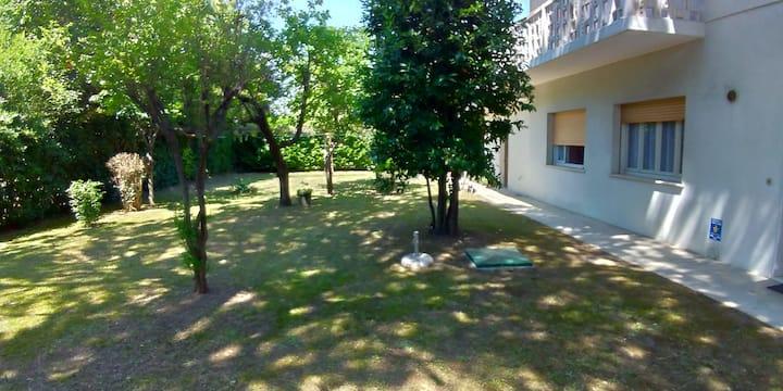 Villa Tania trilocale con giardino privato