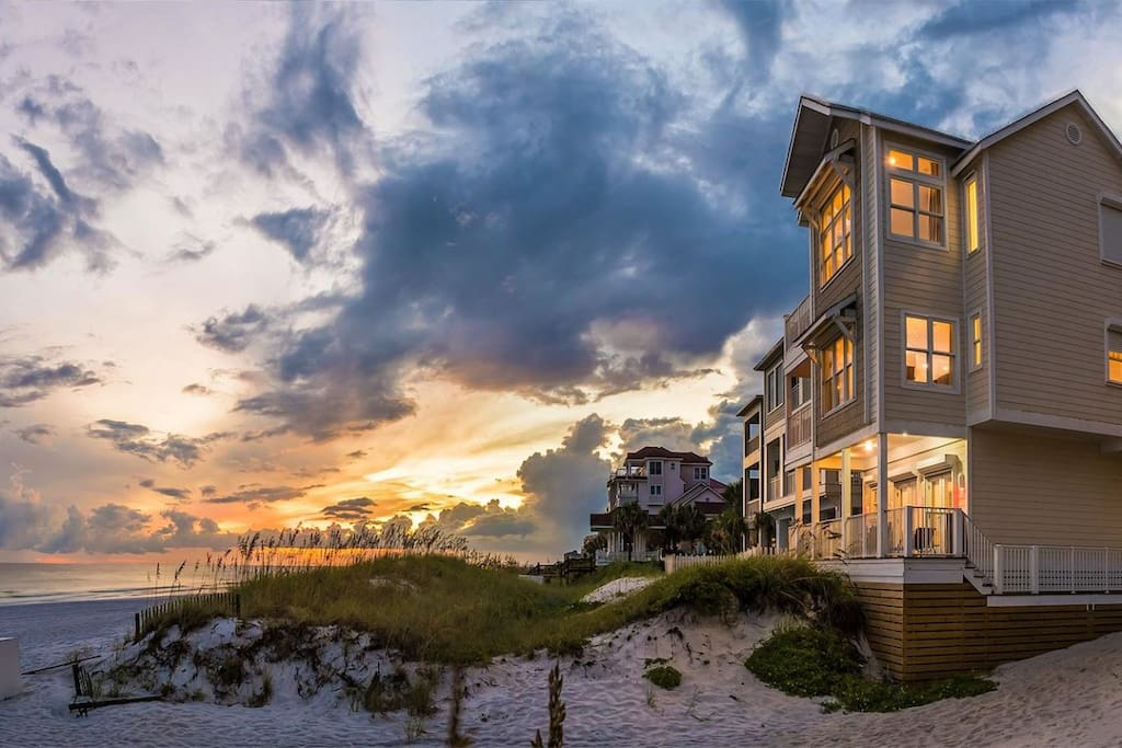 Admire the Beautiful Sunsets That The Emerald Coast Has to Offer From 22 Port Court
