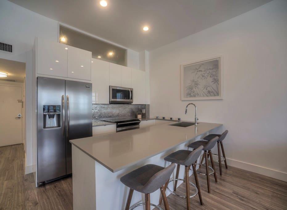 Brand new entirely updated kitchen/appliances