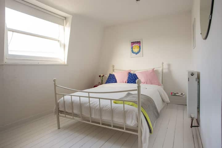 Spacious Double In Shoreditch 2Bed (a)