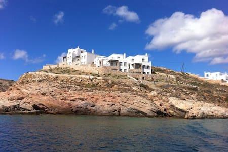 LuxurySeafrontVillaWithPrivateBeach - Syros - Villa