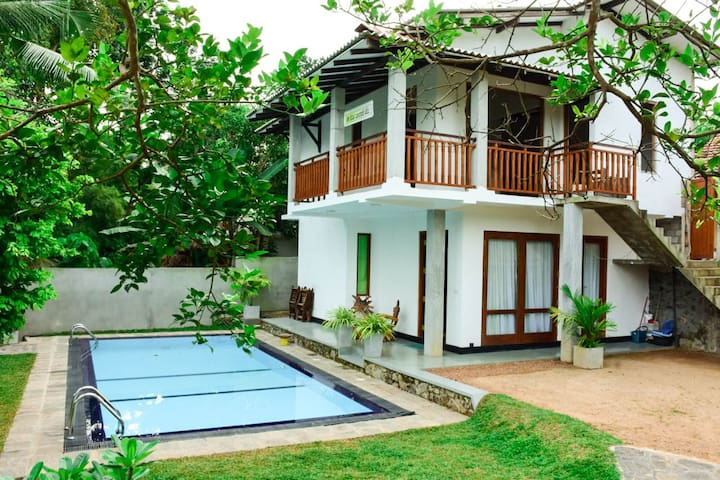 Villa Blue-Water
