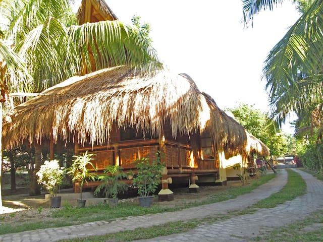 Subida Vacation Homes - Bamboo Uno
