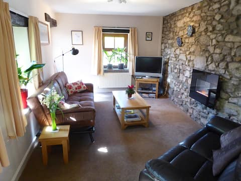 Fernbank Cottage for 3, South Lakes