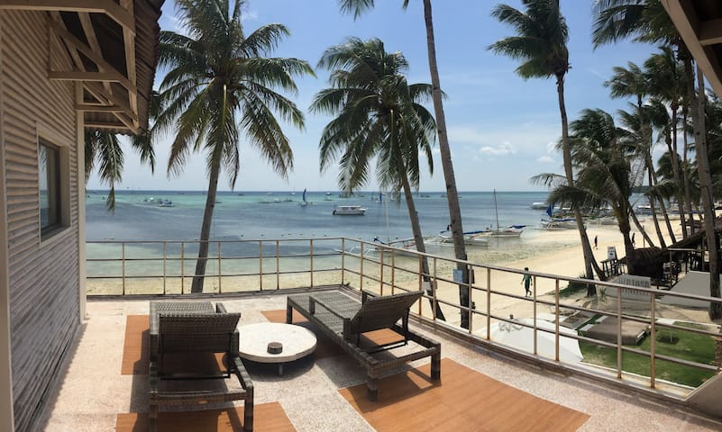 Boracay Mangoriders Beachfront Apts - Malay - Byt