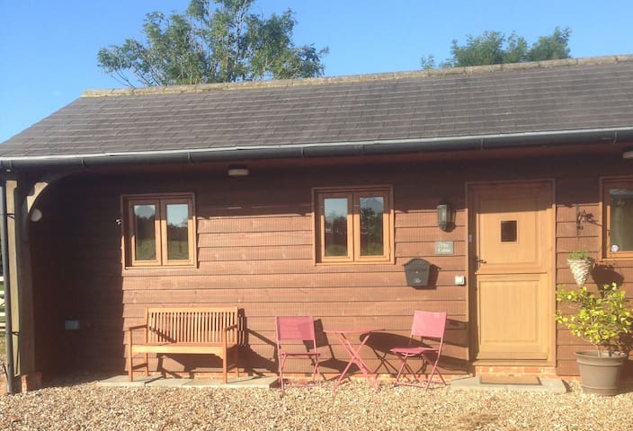 The Cabin, a cosy retreat! - Lympne - Stuga