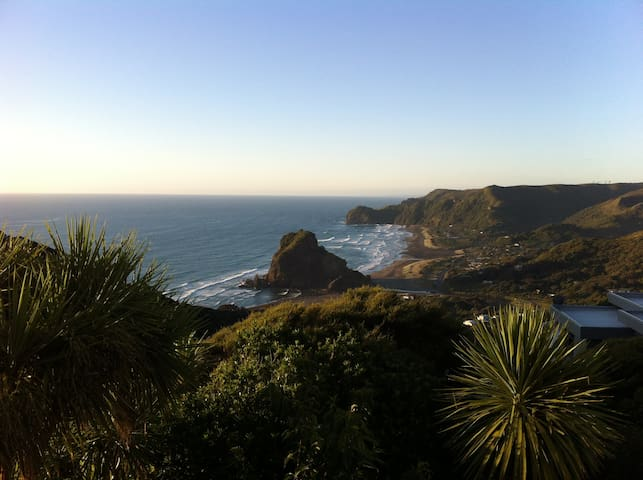 Coastal Retreat - Piha - Casa