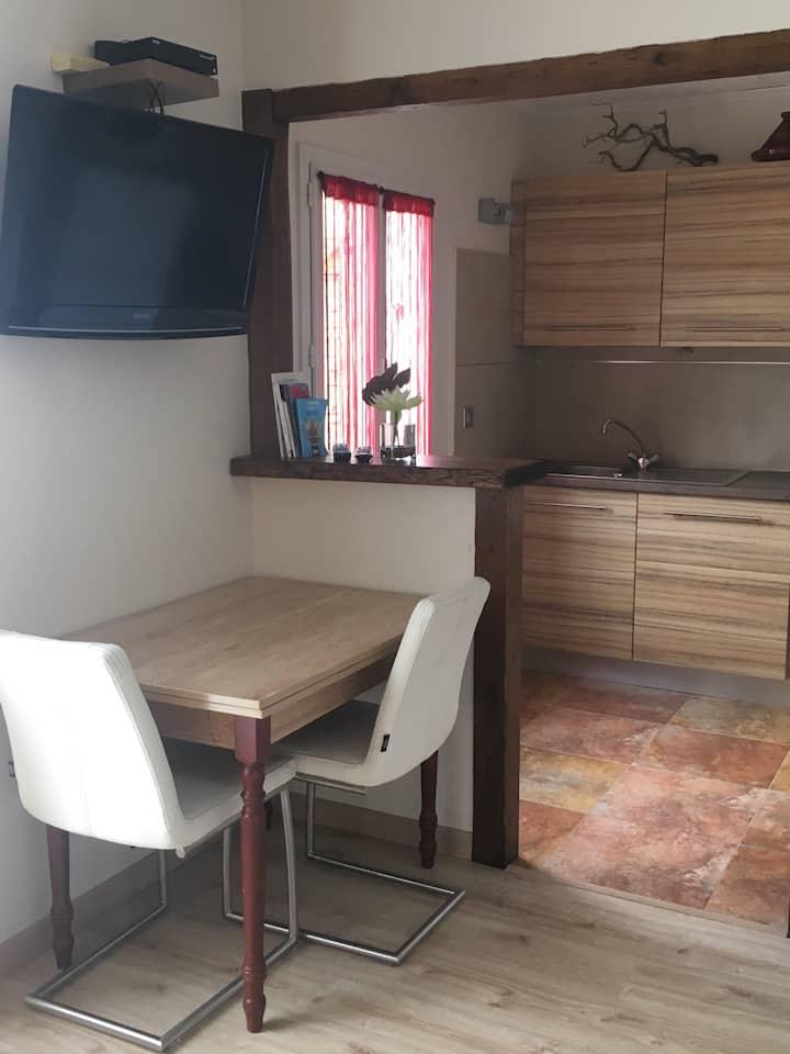 Studio calme et confort, centre Corse