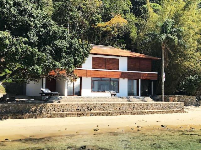 Casa de vidro - ilha da gipóia - praia da venda