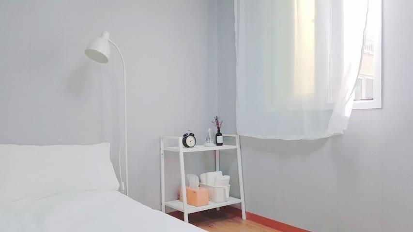 Clean&Cozy/CCroom2/방배동깔끔한룸/서초구깔끔한룸/강남깔끔한룸/Saferoom