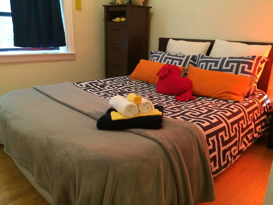 Soft lush linens with hypoallergenic pillows.