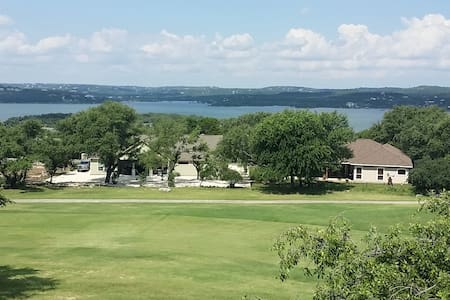 Panoramic Lake Travis views, Families and Groups. - Point Venture - Reihenhaus