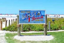 Siesta Key Public Beach Welcome Sign