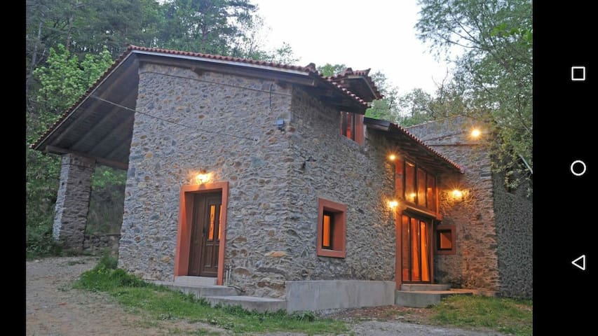 Giusvalla Superior Villa 200m2 \2floors in forest