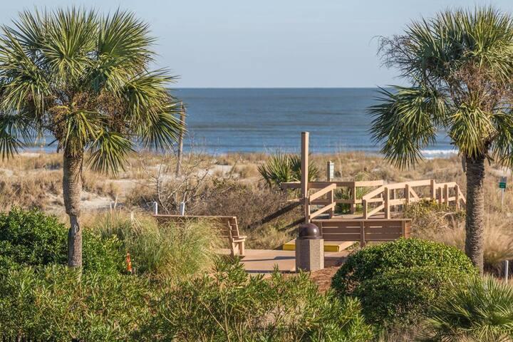 Mariners Walk Beach Access