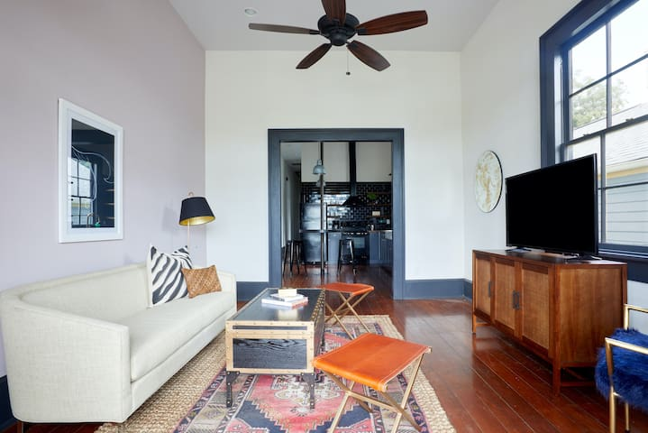Sonder | Bywater Flats | Lovely 2BR + Balcony