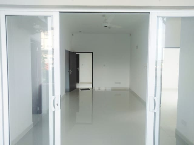 3  B/R Apartment for Rent @ Colombo, Maharagama.