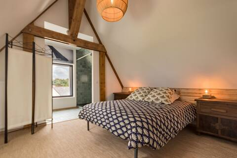 The Loft, seaside with Jacuzzi