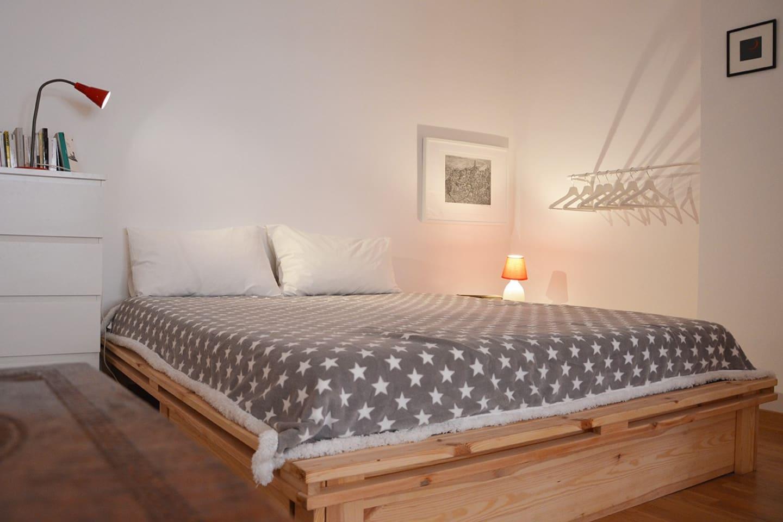 La camera degli ospiti/the guest-room