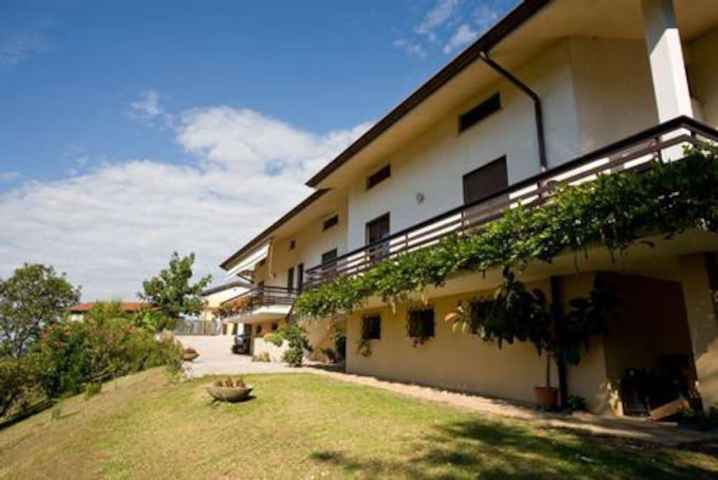 Casa in campagna con vista case vacanze in affitto a for Casa vacanze milano