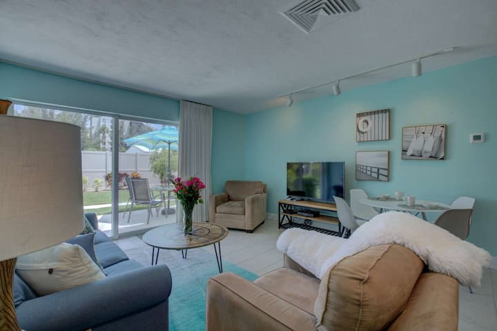 Beach front complex W/PRIVATE BEACH , 3 Pools, Renovated & Charming, Water Views off the Back Patio.