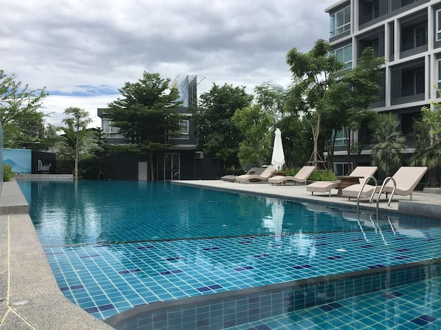全新钻石公寓peacefull,1 bed/pool,near central festival