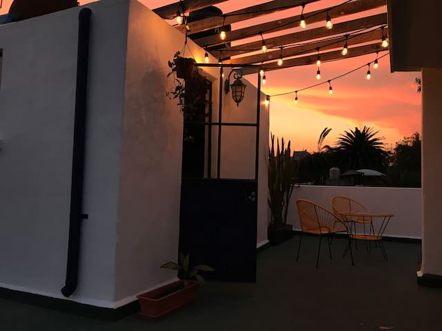 Cozy room with private terrace in Escandón