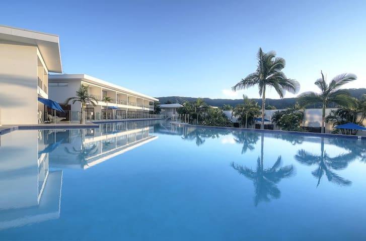 🌴☀️ Reef Nest - Pool resort tropical perfection