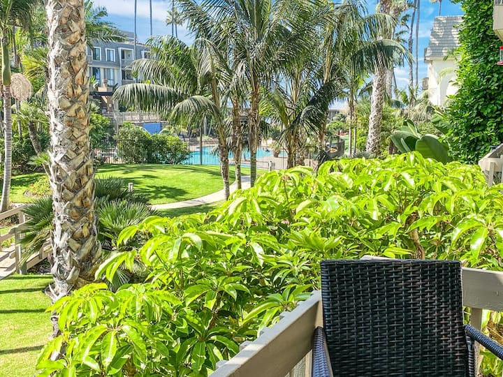 *New Listing* SOUTH FACING ☀️ 2 bdrm condo-  SUPER CLOSE TO BEACH 🏖️ - F100 NCV