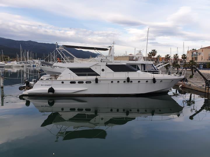yacht Guy Couach de 18 m pour un Séjour agréable