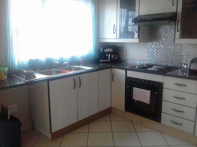 Luxury Apartment (Nature Reserve walking distance) - Johannesburg South - Apartemen