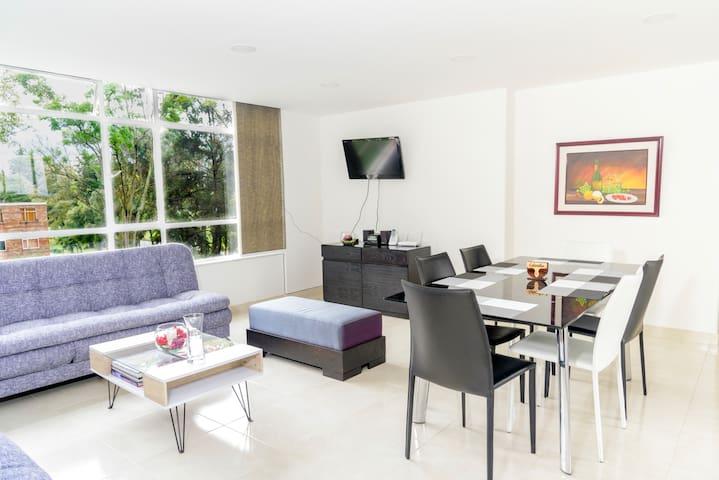 Apartamento Nuevo frente a CORFERIAS y AGORA