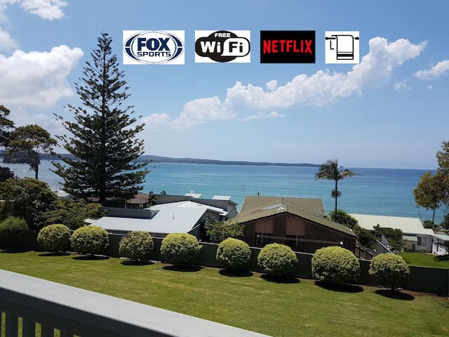 BATEHAVEN -Pool, Beach, WIFI, Linen, Netflix, FOX