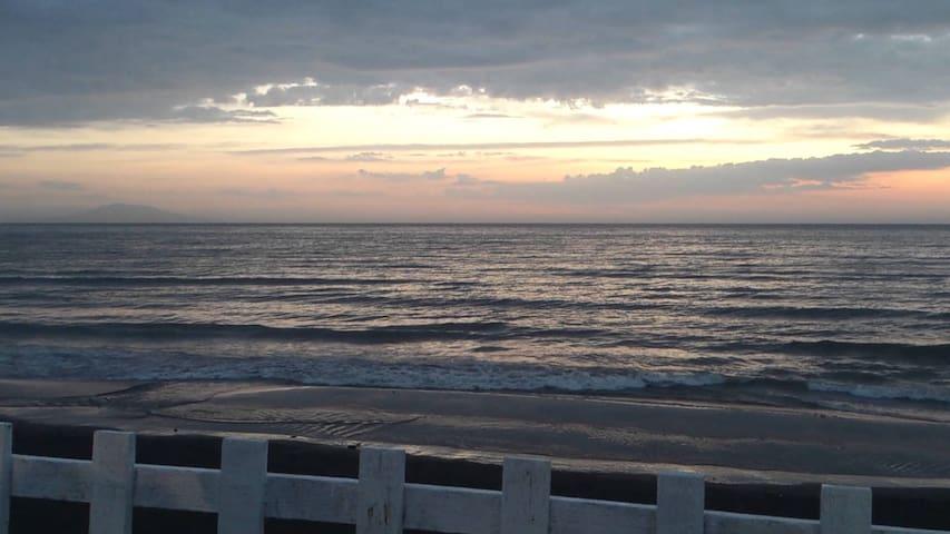 Vacances tranquille en bord de mer. - Staoueli - Daire