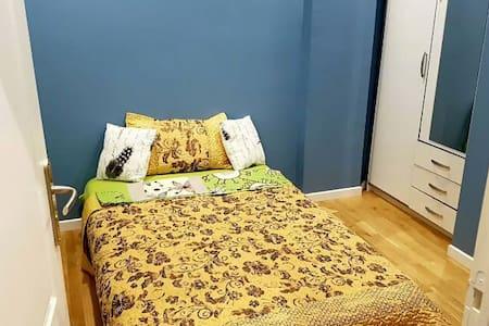 Friendly room - Benbrook