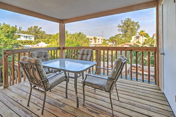 Feel the warm gulf breezes early in the mornings as you sip your coffee outside on the deck, overlooking the pool.