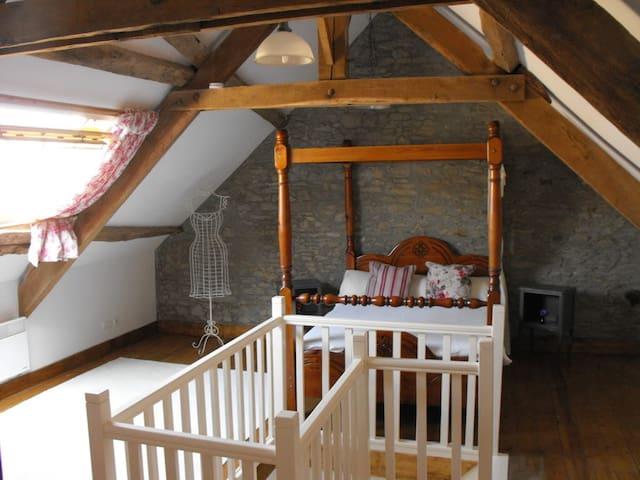Teag Beag - Master Bedroom - La Grée-Saint-Laurent - Casa